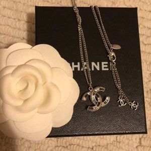 💯Authentic Chanel black & silver crystal necklace